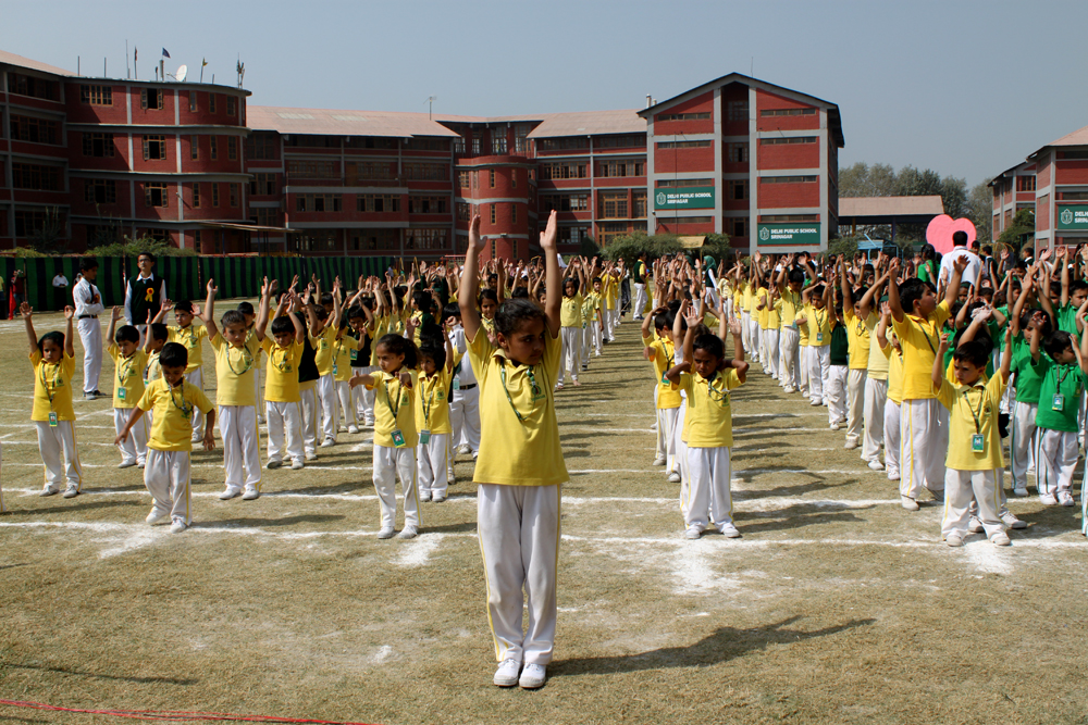 essay for annual sports meet Most schools arrange for 'annual sports' once every year this event usually occurs during winter season the sports teacher helps and encourages students to participate in the 'annual.
